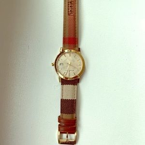 Burberry Nova Print Watch